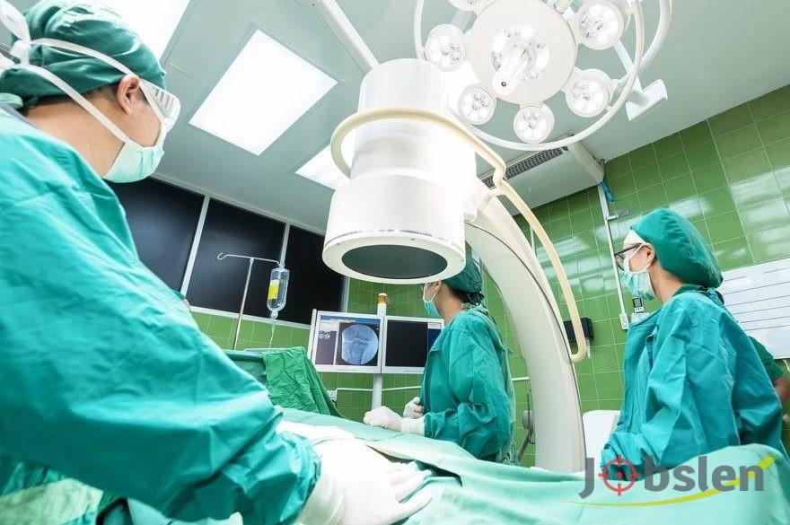 مطلوب طبيب اخصائي جراحه عامه للعمل في منظمه براتب مجزي