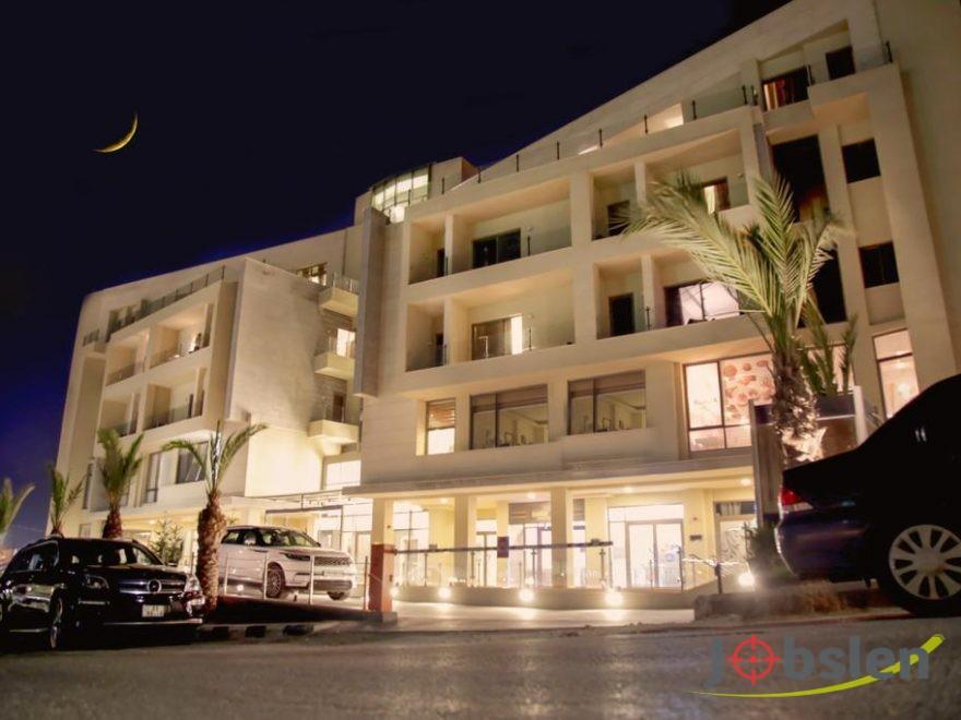 فرص عمل داخل كبرى فنادق عمان